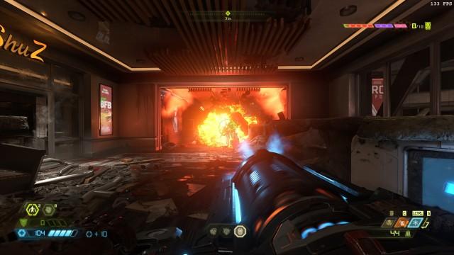 Screenshot: Die Action ist satt: an vielen Ecken gibt es Potential für Krach und Explosionen, aber nicht komplett übertrieben