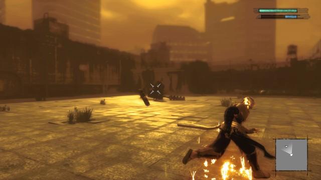 Screenshot: In den DLC Arenen kämpft sich der alte Protagonist durch Gegnerwellen unter Einfluss von starken Post-Processing-Effekten