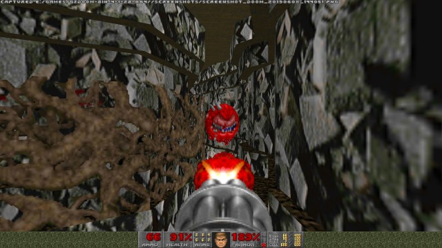 Screenshot: In den engen Gängen ist kämpfen schwierig
